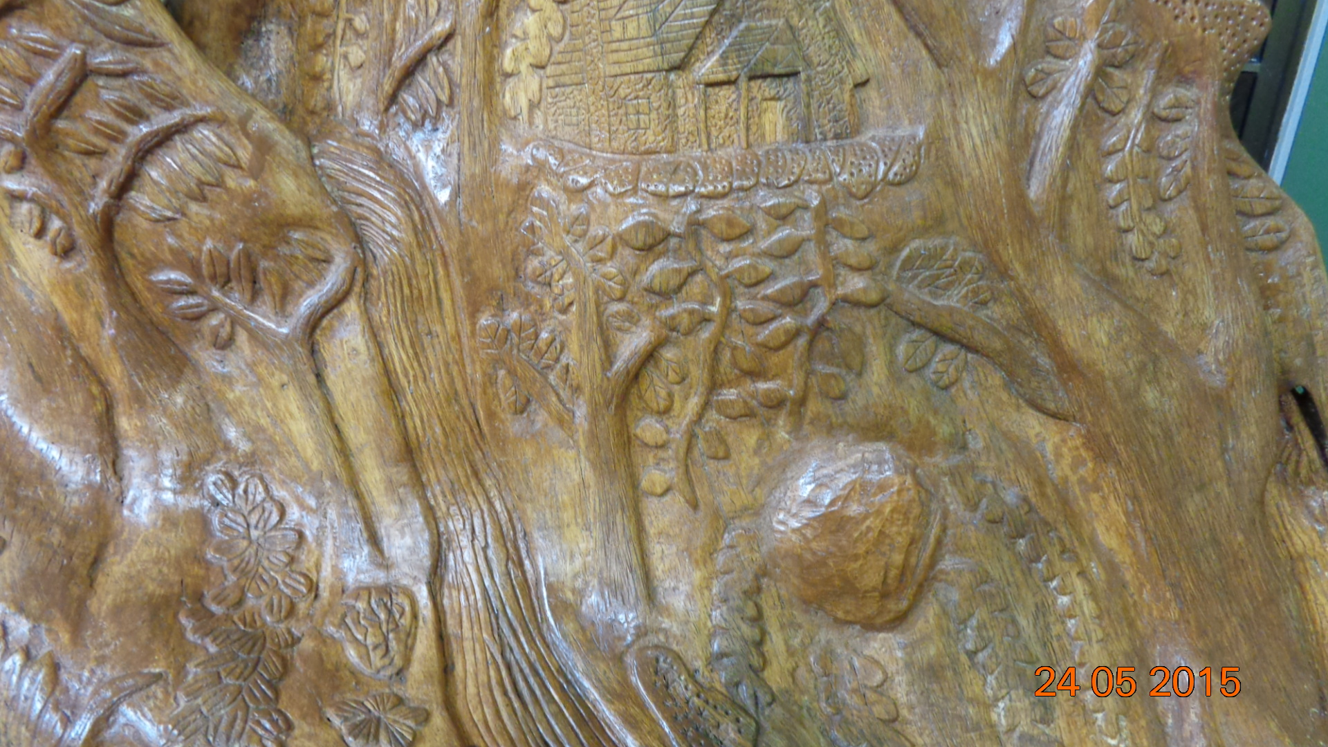 Woodcarver online magazine wom the carvers companion